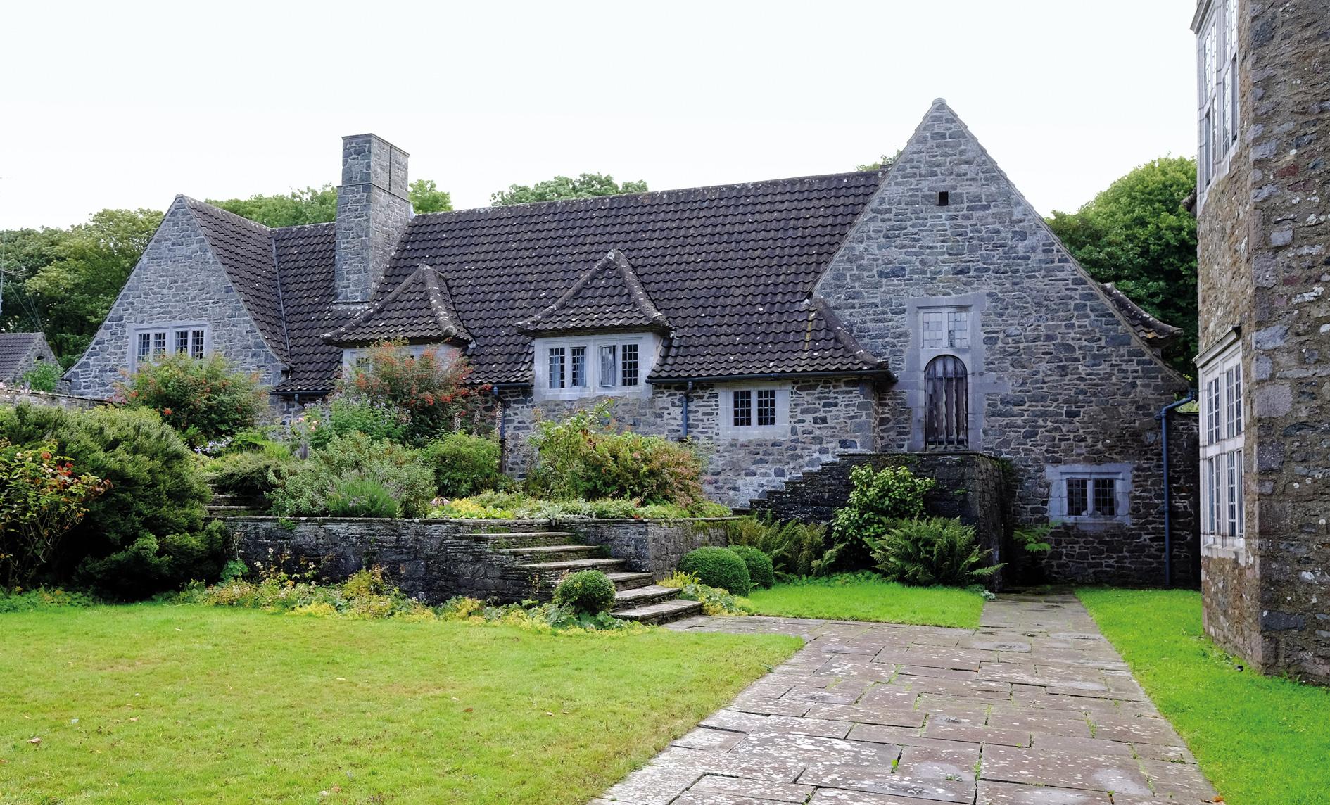Gertrude Jekyll Gardens >> Lambay Castle Visit - The Lutyens Trust